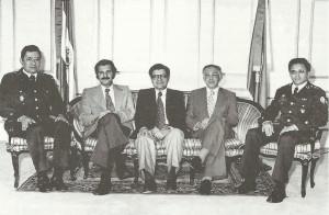 Jaime Abdul Gutiérrez (centro).